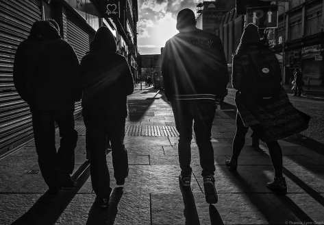 Walking into the Sunset (Glasgow, 2015), by Theresa Groth